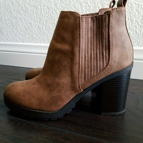 e9705fcef1c Sam & Libby Ankle Boots